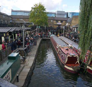 カムデンマーケットの運河を活かした船着き場