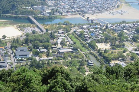 岩国城から城下町俯瞰