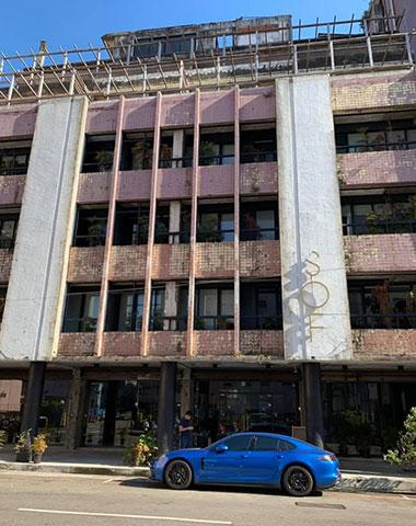 台中旧市街地の廃墟ホテルのCOOLなコンバージョン