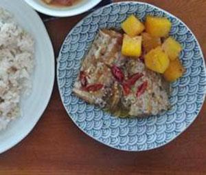 自家製のタチウオのヌックマム煮