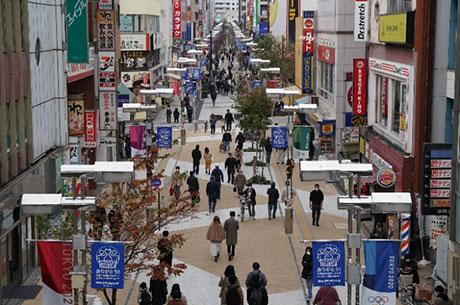 歩行者専用の都市軸ユーロードのにぎわい